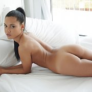 Stunning Young Erotic Nude On Bed