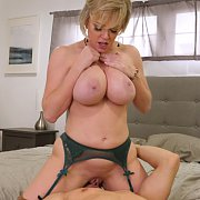 Hot Busty Milf Sex With Dee Williams