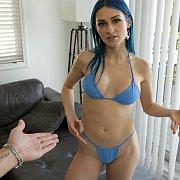Hot Big Sister In Bikini Crush