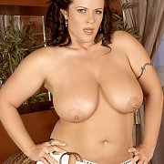 Chubby Beauty With Wonderful Biggies Gets Naked