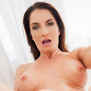 Stunning MILF Silvia Saige Loves Big Cocks