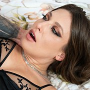 Sexy Talia Mint Hooks Up With Stud Angelo Godshack