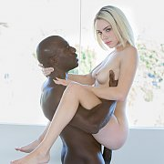 Kimberly Moss Gets Blacked