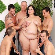 Becki & Five Guys
