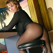 Lusty Lady Teasing In Her Pantyhose
