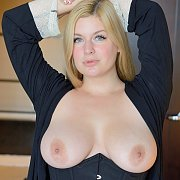 Big Tits Blonde Vibrates Pussy