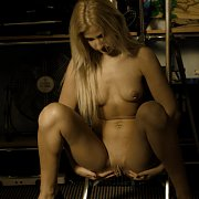 Pierced Pussy Blonde Diddles