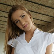 Hot Alexis Crystal Starts Your Day With a Massage
