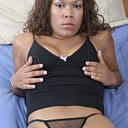 Ebony Amateur Poses Seductively For Her Boyfriend