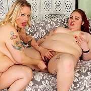 BBWs Doing Lesbo