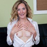 Mona Wales Sexy Secretary