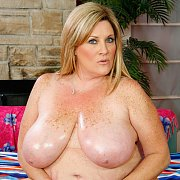 Deedra is a Chubby Mature Woman