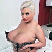 Big Tits 4 U