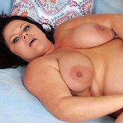 Hot Plumper Mom Takes Fat Cock