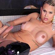 Rafaella's Freak Show