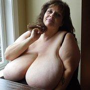 Suzie 44K Sexy BBW Milf