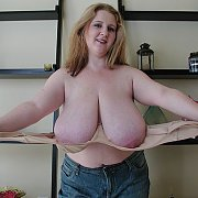 Sapphire Large Breasts Milf