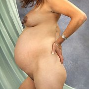 Side View Of Naked Pregnant Woman Pic
