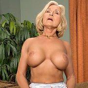 Mature Lesbian Strap On Sex