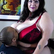 Suzie 44K Big Tits Play