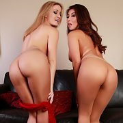 Stockings Sisters