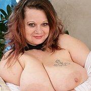 Ms Curvalot Chubby Plumper Boobs
