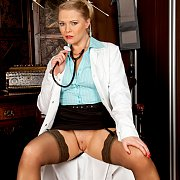 Milf Ready To Play Nurse Doctor