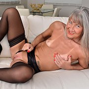 Grey Haired Mature In Stockings Diddles