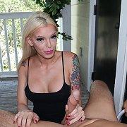 Bella Ink Gives Hubby a Sexy Handjob As Reward