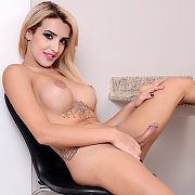 Sexy Tgirl Vitoria Neves Masturbates