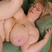 Diana's Heavy BBW Tits
