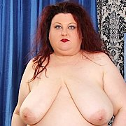 Horny BBW Stazi Gets Naked