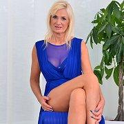 Temptress Roxana Hanova