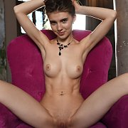 Erotic Nude Teen Babe