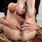 Blonde Mature Solo Sex