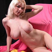 Big tits blonde teen babe