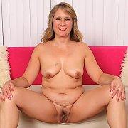 Catrina Costa Gets Naked