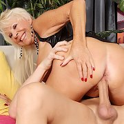 Horny Old Woman Mandy Mcgraw