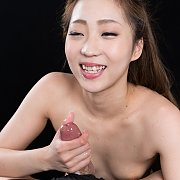 Japanese Girl Jerking