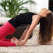 Yoga Beauty Gets Naked