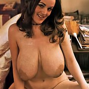 Retro Nude With Very Large Boobs Pic