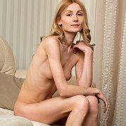 Slim Blonde Gerda Masturbates