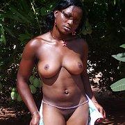Black Ladies In Home Pics