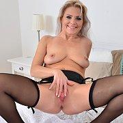 Garter Stockings Blonde Milf Diddling