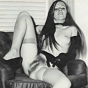 Young Hairy Pussy Vintage Girl