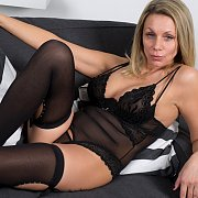 Sexy Lingerie And Stockings Milf Masturbation
