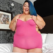 Stunning SSBBW Crystal Blue Shows Off Her Curves