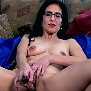 Latina MILF Fun with Veronica Perez