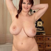 Fat Knockers And Plump Pussy Beauty