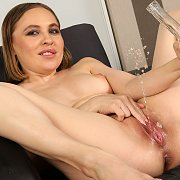 Paddling in Pee with Lexy Star
